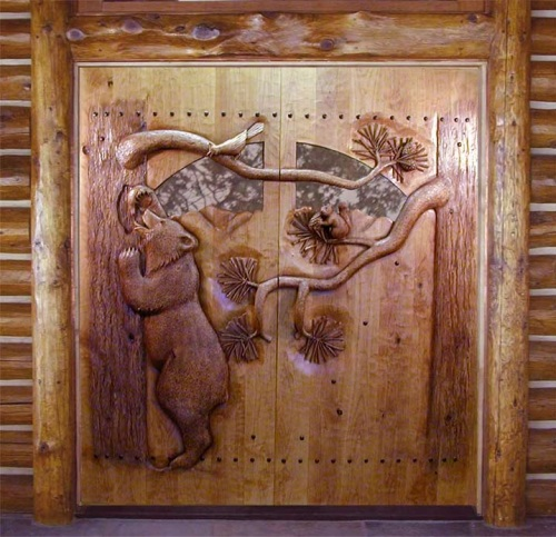 Entrance door with bear