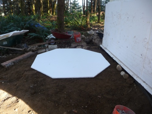 EPS base for water tank