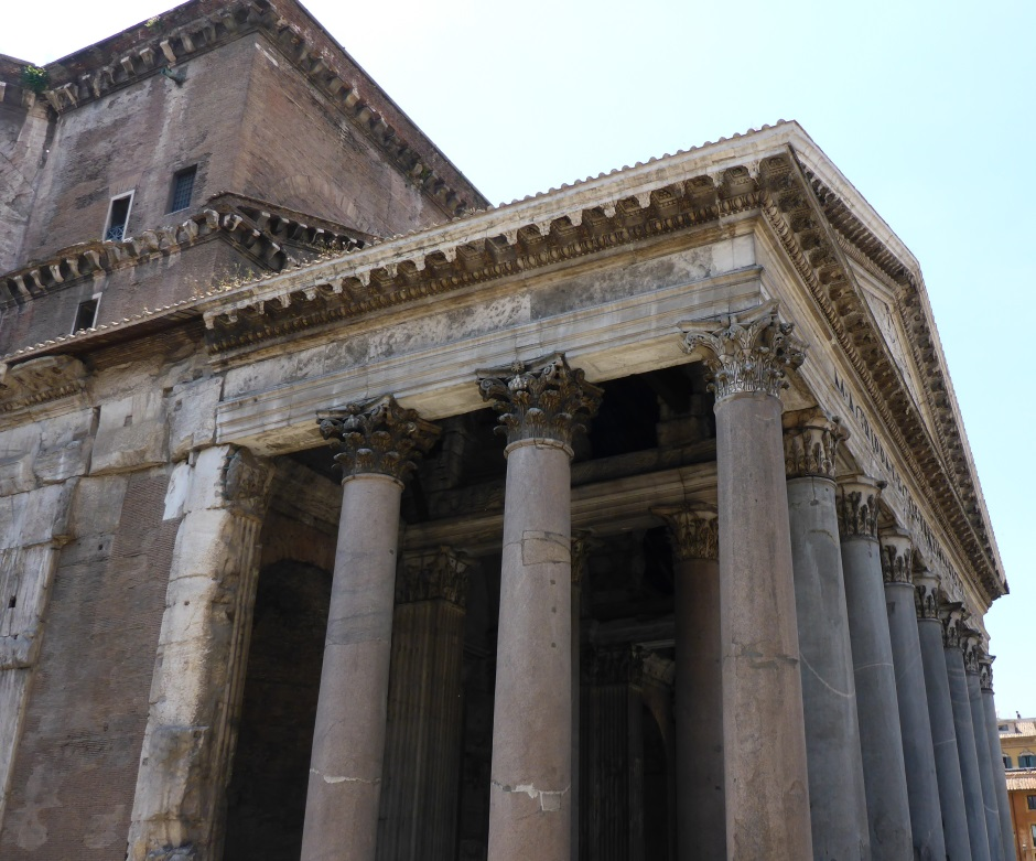 Pantheon Rome Side