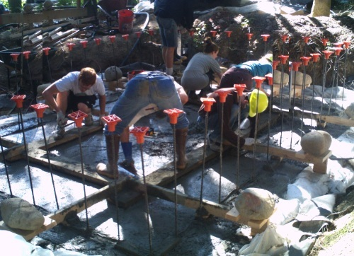 Pumping concrete
